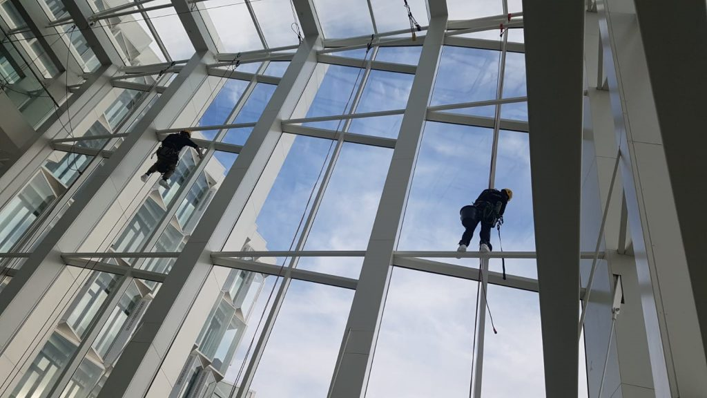 rope access glasbewassing
